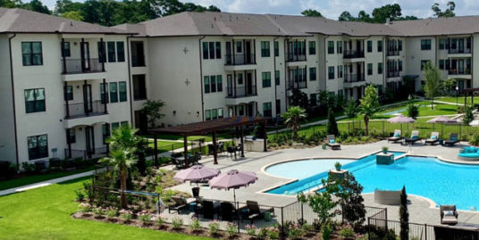 55+ Adult Apartments | Ivy Point Kingwood